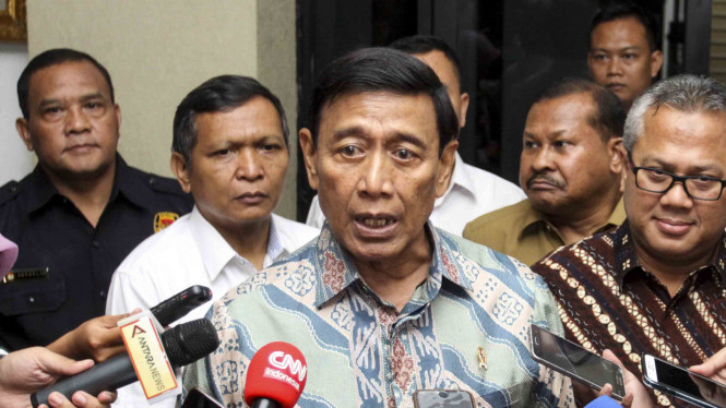 Menteri Koordinator Bidang Politik, Hukum, dan Keamanan (Menko Polhukam),Wiranto