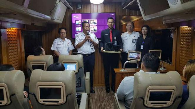 Kereta Wisata Argo Parahyangan Priority resmi beroperasi.