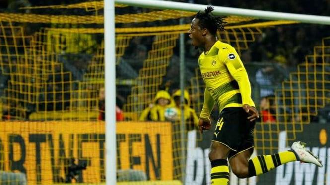Penyerang Borussia Dortmund, Michy Batshuayi