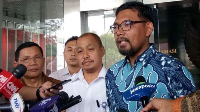 Mantan Direktur Sosialisasi dan Kampanye Antikorupsi KPK, Giri Suprapdiono