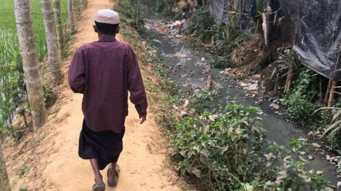 Rohingya yang mengungsi ke Bangladesh