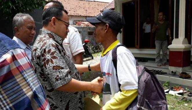 Handoko mengayuh sepeda sejauh 200 kilometer untuk menemui Sudirman Said.