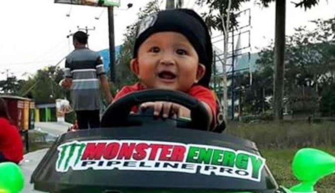 Bayi bernama Toyota Fortuner Tangguh.