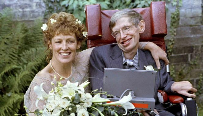 Ahli Fisika dan Kosmologi, Stephen Hawking saat bersama istri