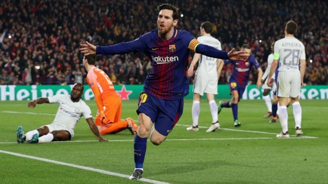 Pemain Barcelona, Lionel Messi, merayakan gol ke gawang Chelsea