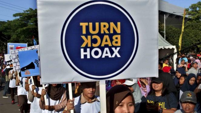 Deklarasi anti hoax di Semarang, Jawa Tengah.