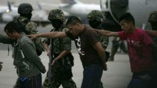 Penangkapan anggota kartel narkoba Meksiko.