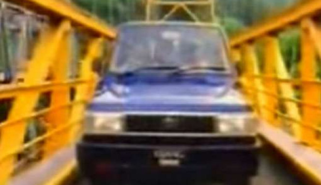 Iklan mobil Kijang 1995.