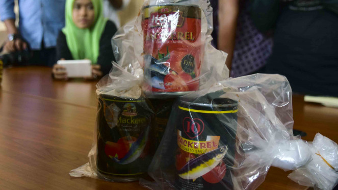 Produk impor ikan makerel (sarden) kaleng yang terbukti mengandung cacing