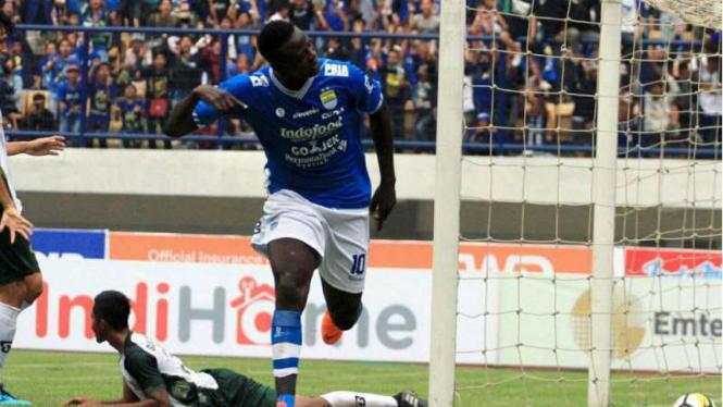 Striker Persib Bandung, Ezechiel N'Douasel