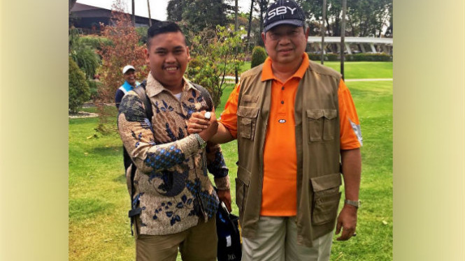 Ajudan Pribadi alias Muhammad Akbar dan SBY.