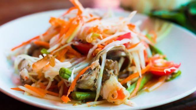 Ilustrasi salad Thailand.