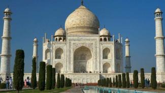 700 Ribu Lebih Kasus Corona di India, Taj Mahal Batal Dibuka