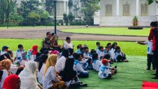 Presiden Jokowi menerima anak-anak penderita kanker di Istana Bogor