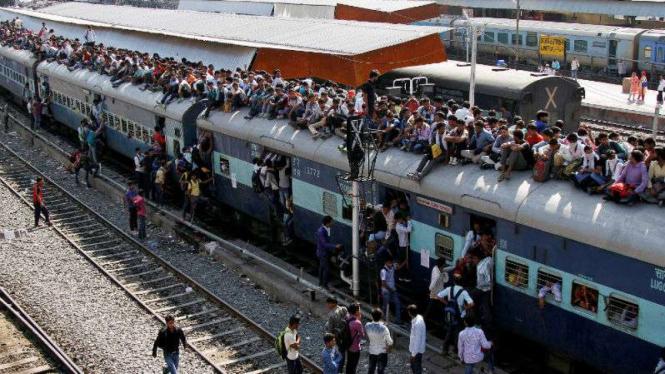 Kereta api di India tahun 2016