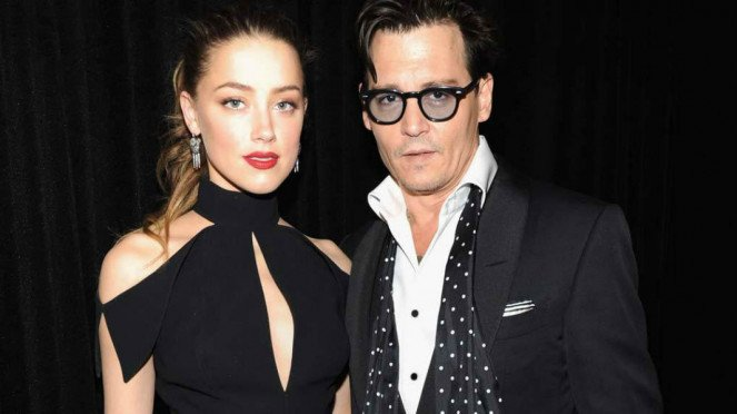 Amber Heard dan Johnny Depp.