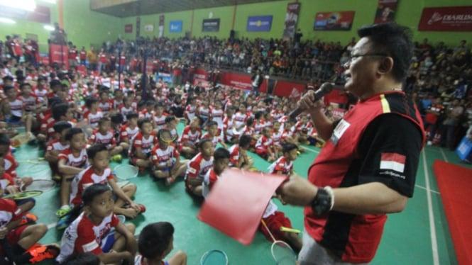 Audisi Umum Djarum Beasiswa Bulutangkis 2018 di GOR Hevindo, Balikpapan.
