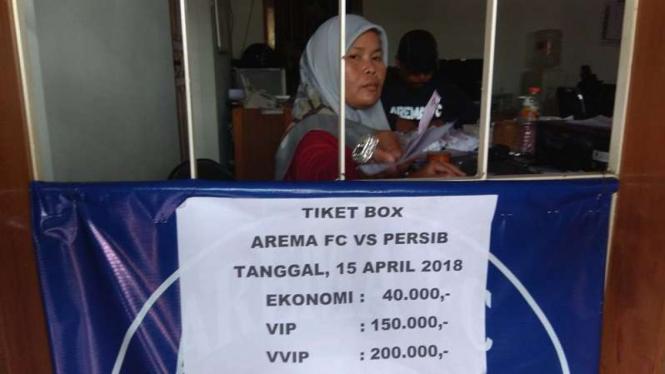 Loket penjualan tiket Arema FC vs Persib