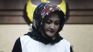 Istri mantan Ketua DPR Setya Novanto, Deisti Astriani Tagor