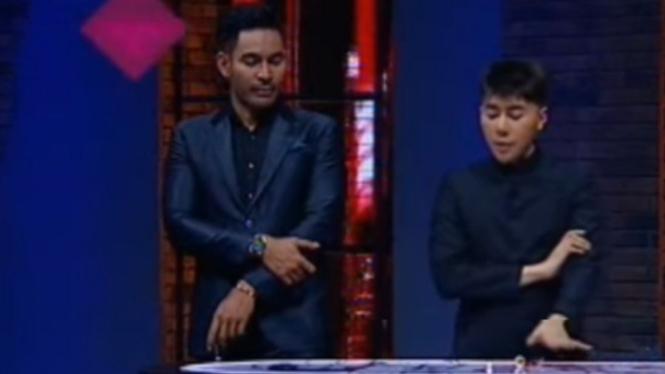 Roy Kiyoshi dan Robby Purba di acara Karma ANTV