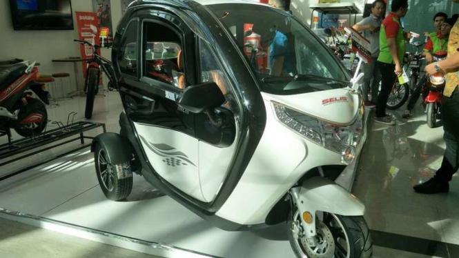 Balis, motor roda tiga rakitan Indonesia.