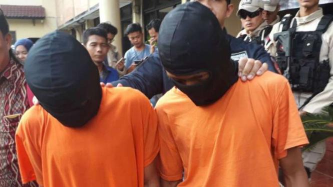 Dua pelaku kejahatan di Jakarta.