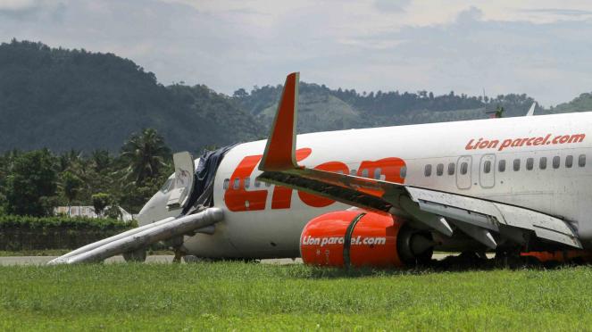 Pesawat Lion Air Tergelincir, Bandara Djalaludin Gorontalo Masih Ditutup