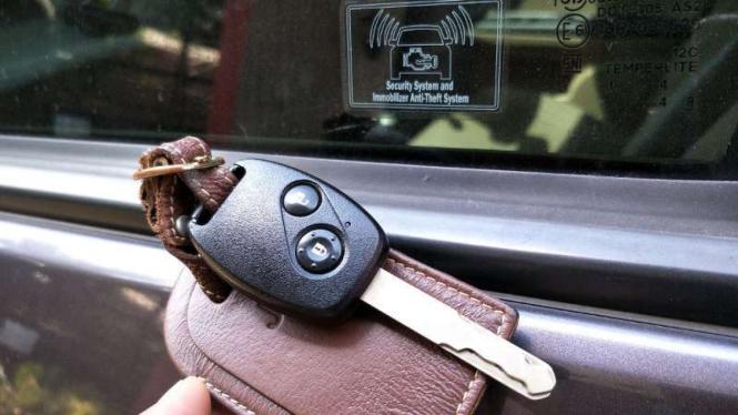 Kunci immobilizer