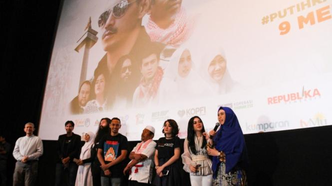 Syahrini Nobar Film 212