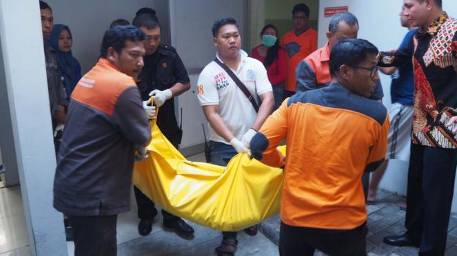 Korban ledakan bom bunuh diri di tiga gereja Surabaya