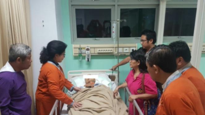 Menkes RI, Nila Moeloek kunjungi korban Bom Surabaya
