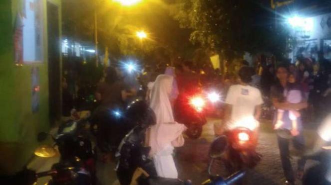 Baku Tembak Densus vs Terduga Teroris Surabaya Selama 30 Menit