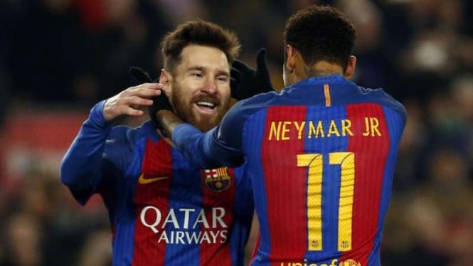 Neymar (kanan) saat masih membela Barcelona bersama Lionel Messi (kiri)