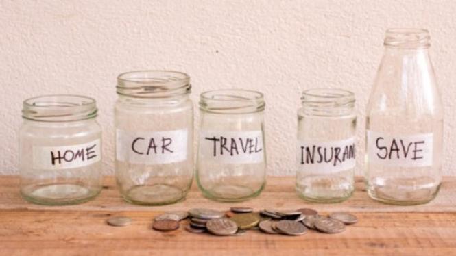 Ilustrasi menabung.