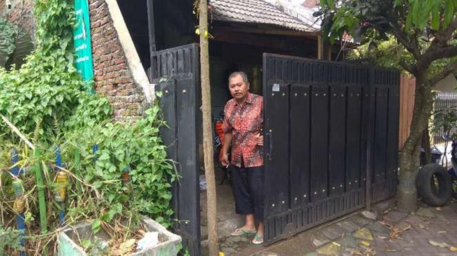 Sial Keluarga Arifin Ditangkap Densus Cuma karena Istri Bercadar