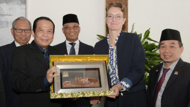 Wakil Ketua DPR RI Taufik Kurniawan saat memimpin delegasi DPR RI