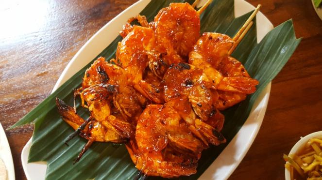 Menu hidangan di Gubug Makan Mang Engking di Ancol.