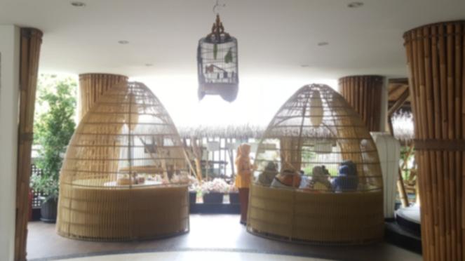 Desain rumah makan Mang Engking Cabang Ancol