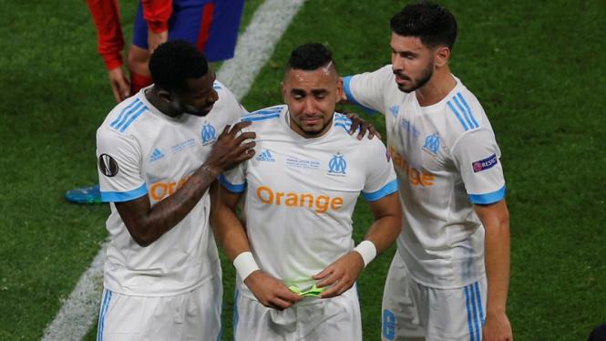 Kapten Marseille, Dimitri Payet menangis karena cedera di final Liga Europa