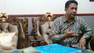 Guru Besar Fakultas Ilmu Hukum Undip Prof Suteki