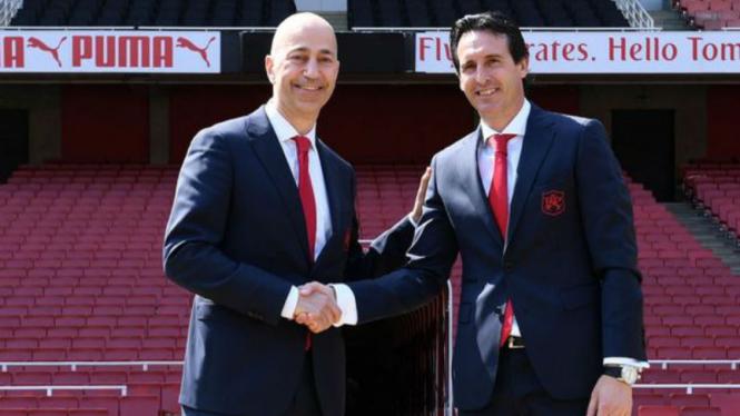 Manajer Arsenal, Unai Emery, bersama CEO Ivan Gazidis