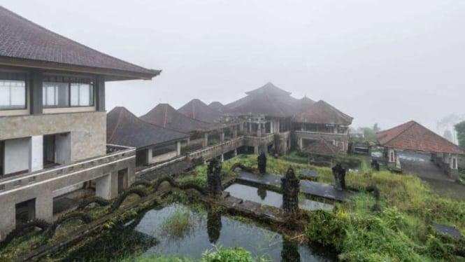Kengerian Resor Mewah Yang Terbengkalai Di Hutan Bali