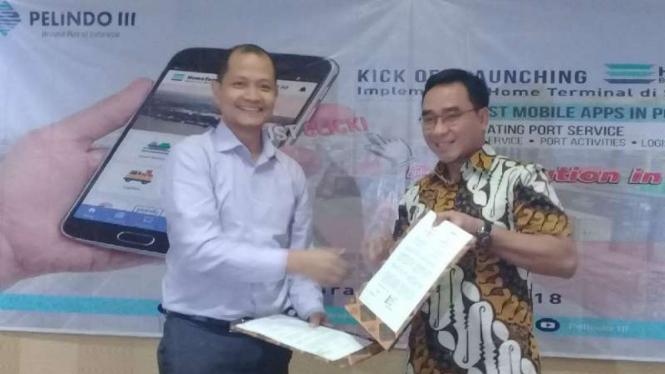Peluncuran aplikasi home terminal di Pelabuhan Tanjung Emas Semarang.