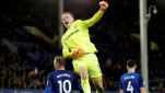 https://thumb.viva.co.id/media/frontend/thumbs3/2018/05/30/5b0e5a5680054-kiper-everton-jordan-pickford_151_85.JPG
