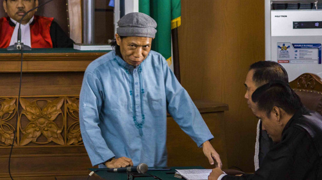 Terdakwa perkara teror bom Thamrin dengan terdakwa Oman Rochman alias Aman Abdurrahman