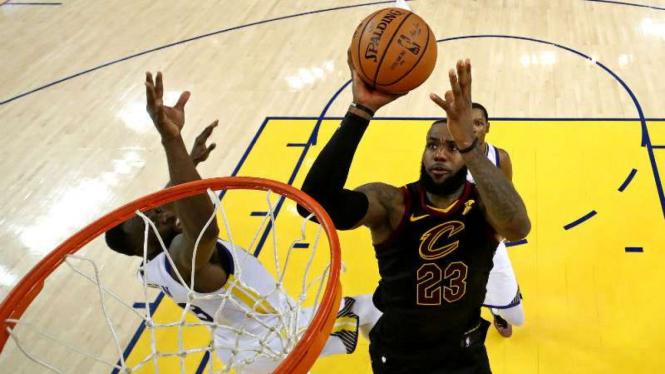 Pebasket Cleveland Cavaliers, LeBron James.