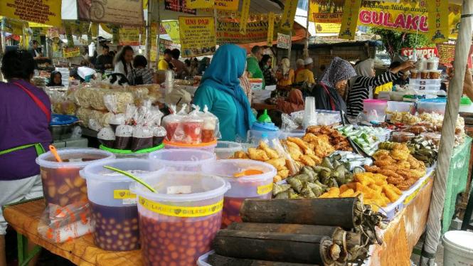 Kini Pasar Takjil Benhil Tak Seramai Dulu