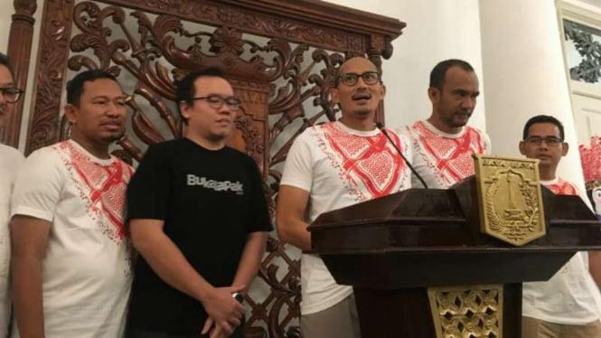 Wakil Gubernur DKI Jakarta Sandiaga Uno luncurkan kaus Red Sandi