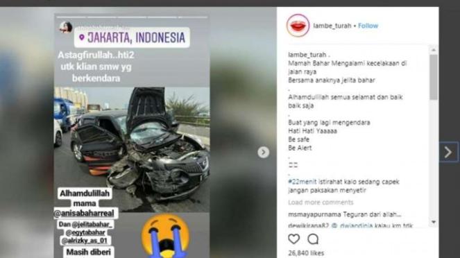 Mobil Anisa Bahar usai kecelakaan
