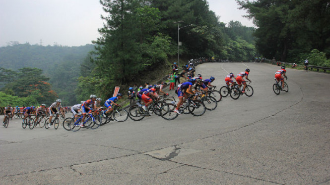 Sitinjau Lauik, merupakan rute favorit pebalap sepeda Tour De Singkarak